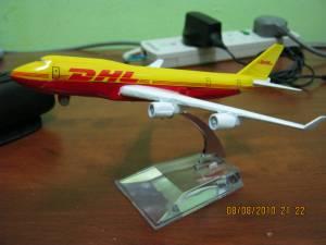 DHL 747
